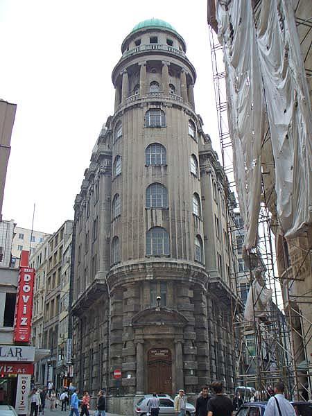 http://www.wiederstein-architekt.de/megacity/bau/orient/1.jpg
